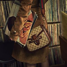 The Gucci Lady Web Shoulder Bag. #ladyweb