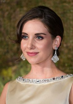 HD Photos: Sexist & HOT Jewish Actress | Top 10 Most Beautiful Jewish Women In Hollywood Beautiful Jewish Women, Beautiful Celebrities, Beautiful Eyes, Simply Beautiful, Gorgeous Women, Alison Brie, Star Pictures, Hot Actresses, American Women