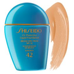 Great product for hot and humid weather. It stays on all day and doesn't cause my skin to get oily.