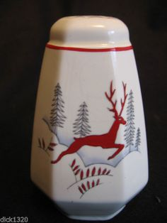 Vintage Crown Devon Stockholm Pattern Sugar Shaker .... I want...no need this piece have not been able to get one!