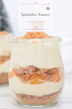 Dieses ganz einfache Dessert im Glas - Spekulatius Tiramisu kannst du super einfach nachmachen und ist ein perfektes Dessert zu Weihnachten. #Weihnachtsdessert #Dessert #Nachtisch #Weihnachten