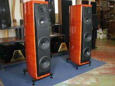 Sonus Faber Amati Homage Audio Speakers, Loudspeaker, Audio Equipment, Audiophile, Technology, Google, Tech, Speakers, Tecnologia
