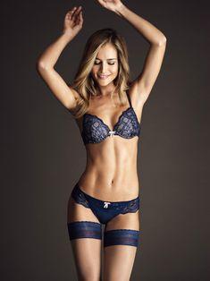 Natalia Borges :: Courtesy of Wilhelmina Models South American Girls, Forma Fitness, Boudoir, Sports Illustrated Swimsuit 2016, Wilhelmina Models, Si Swimsuit, Feminine Style, Feminine Fashion, Lebron James