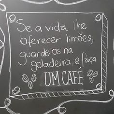 Porque café anima a vida! Boa sexta! #bomdia #sexta #cafe #coffeelovers #lousadadiiirce  #viciadosemcafe #coffee #frasedodia #starbucksbrasil #instacoffee #cafezinho #vida