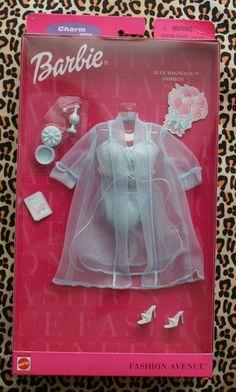 2000 Barbie - Blue Magnolia Fashion (Fashion Avenue) #
