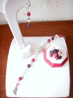 Aretes, pulsera y anillo, combinado morado, rosa y plata..