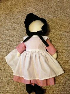 Risultato immagine per Amish Doll Patterns Free Printable Doll Patterns Free, Doll Clothes Patterns, Free Pattern, Pattern Ideas, Baby Patterns, Amish Quilt Patterns, Amish Quilts, Amish Dolls, Fabric Dolls
