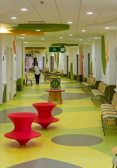 Image 28 of 40 from gallery of Teletón Infant Oncology Clinic / Sordo Madaleno Arquitectos. Photograph by Jaime Navarro Hospital Design, Childrens Hospital, Early Childhood Education, Vinyl Flooring, Pediatrics, Health Care, Kindergarten, Architecture, Floor Finishes