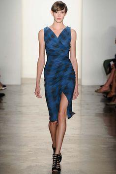 Costello Tagliapietra | Spring 2015 Ready-to-Wear | 07 Blue/black checkered strappy midi dress with side slit