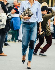 Tommy Ton Street-Style Photos - Spring 2015 Fashion Shows - Vogue Tommy Ton, Denim Fashion, Look Fashion, Daily Fashion, Fashion Photo, Paris Fashion, Classic Fashion, Fashion Weeks, High Fashion