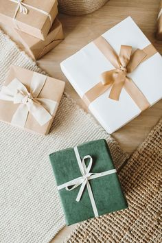 How To Make The Holidays Less Stressful (Tips That Worked For Me)! 5 Tips to reduce the stress of Christmas for Self-Care. Holiday Greeting Cards, Holiday Photo Cards, Holiday Photos, Wrapping Ideas, Gift Wrapping, First Christmas, Christmas Holidays, Trendy Bar, Book Suggestions