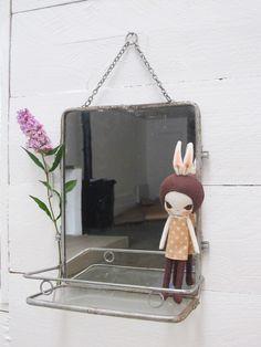 Miroir de Barbier vintage avec tablette, €70.00 by LES PETITS BOHEMES