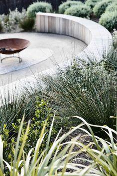Big Garden Design The Clubhouse by Wolveridge Architects Coastal Gardens, Beach Gardens, Outdoor Gardens, Mini Gardens, Small Gardens, Australian Garden Design, Australian Native Garden, Australian Beach, Big Garden