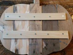 Wood Pallet Ideas diy pallet pumpkin with templates Pallet Crafts, Diy Pallet Projects, Fall Wood Projects, Fall Wood Crafts, Recycled Pallets, Wood Pallets, Pallet Wood, Pallet Bar, 1001 Pallets