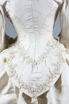 1871 bridal gown detail.