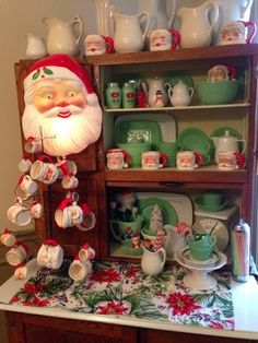 Jadeite and Santas Christmas Time Is Here, Christmas Past, Modern Christmas, Green Christmas, Christmas Images, Country Christmas, Winter Christmas, Christmas Lights, Retro Christmas Decorations