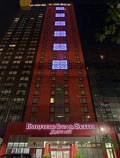 A great hotel for people going to New York. Very nice, kind of new, right by the bus stopp when you come from th e airport. Excellent!
