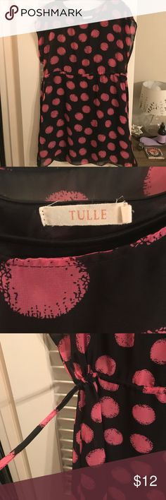 Pink poke-a-dotted dress.💕 Great spring to summer dress. Size S, with pockets and can be synched in on both sides of dress. Has a black lining underlay. Tulle Dresses Midi