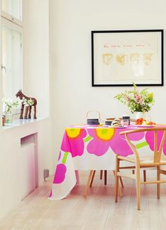 Spring decoration with Marimekko Diy Design, Interior Design, Fabulous Fabrics, Inspired Homes, Grand Opening, Scandinavian Style, Home Collections, Pink Yellow, House Colors