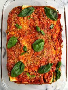 healthy paleo zucchini lasagna #healthymeals #dinnerideas #easydinner