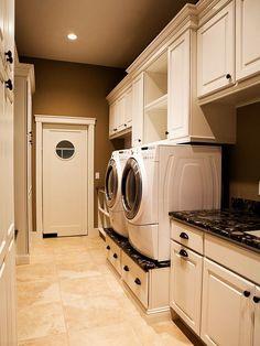 Laundry Room Organization Ideas: Custom Designed Laundry Room ~ Laundry Room Inspiration