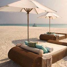 Dream vibes 🌴🙉🐚💦😏 #gracejacobswim #bikini #love #holiday #travel #travelling #travelblogger #travelinspiration #sea #sand #beach #sun #ocean #boat #dubai #uae #mallorca #ibiza #mykonos #bali #caribbean #mexico #bahamas #barbados #island #instagood #instafashion #photo #fashion #thursday