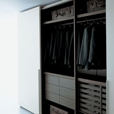 modern Minimalist Walk-in Closet Innovative Design, Cabina Armadio by Porro Closet Safe, Men Closet, Closet Storage, Master Bedroom Closet, Bedroom Wardrobe, Wardrobe Closet, Walking Closet, Dressing Room Design, Dressing Rooms