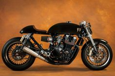 CAFÉ RACER 76: Honda CB 750 Seven Fifty by Ruleshaker