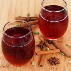{recipe} Cranberry apple juice mulled with spices inspired by chai masala. Spike it with some rum if you want!