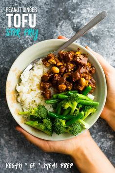 Peanut Ginger Tofu Stir Fry - Peanut ginger tofu stir fry is an easy vegan dinner recipe. Tofu is smothered in a sweet and tangy peanut sauce and served with broccoli and green beans. via Sweet Peas & Saffron Easy Vegan Dinner, Vegan Dinner Recipes, Vegan Dinners, Vegetarian Recipes, Dinner Healthy, Healthy Dinners, Vegan Meal Prep, Meal Prep Bowls, Sin Gluten
