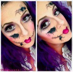 Creepy Broken Doll Face - Makeup For Halloween - Costume Ideas Amazing Halloween Makeup, Halloween Looks, Halloween Face Makeup, Halloween Ideas, Halloween Costumes, Happy Halloween, Halloween 2015, Spooky Halloween, Halloween Party