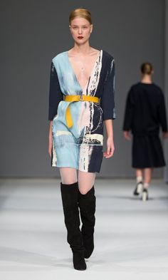 Carin Wester showed an elegant and classy collection at the Mercedes-Benz Fashion Week in Stockholm. Truly eclectic and feminine. Teen Fashion, Runway Fashion, Fashion Show, Fashion Design, Fashion Trends, Stockholm Fashion Week, Highlights, Deep V Neck Dress, Work Suits