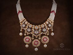 Witness awe inspiring diamond jewellery in kolkata which can cast a radiance on your beauty. Jewelry Shop, Beaded Jewelry, Jewelry Making, Emerald Ring Vintage, Antique Jewellery Designs, Indian Jewelry Sets, Jewelry Candles, Jewellery Sketches, Wedding Jewelry Sets