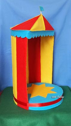 Carnival Party Decorations, Carnival Birthday Parties, Carnival Themes, Circus Theme Classroom, Homemade Crafts, Diy And Crafts, Barbie Diorama, Photo Booth Backdrop, Kids Zone