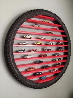 Hot Wheels Bedroom, Car Bedroom, Matchbox Autos, Matchbox Cars, Chambre Hotwheels, Boy Room, Kids Room, Hot Wheels Storage, Festa Hot Wheels