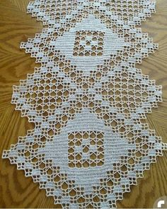 Crochet Doily Patterns, Crochet Doilies, Knit Crochet, Table Covers, Needlework, Diy Crafts, Knitting, Blessings, Crocheting