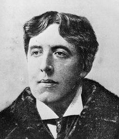 Gedicht Oscar Wilde geveild voor 80.000 euro. Het manuscript van een gedicht uit de vroege periode van de 19e eeuwse Ierse schrijver Oscar Wilde heeft bij een veiling in Londen 67.250 pond (bijna 80.000 euro) opgebracht. Dat heeft de Britse zender BBC vandaag gemeld.