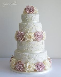 Wedding Cake With Lace & Ivory And Amnesia Roses