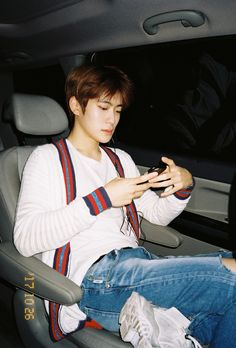 Johnny's photo of Jaehyun omg my heart ♥️ Jaehyun Nct, Nct 127, Jackson, K Wallpaper, Lucas Nct, Sm Rookies, Wattpad, Valentines For Boys, Jung Yoon