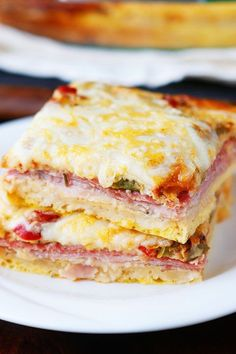 An easy cheesy Italian Breakfast Casserole Layer crescent rolls ham salami eggs bell peppers and cheese then bake for 30 mins Perfect for breakfast lunch or breakfast for. Best Breakfast Casserole, Breakfast Desayunos, Italian Breakfast, Breakfast Items, Breakfast Dishes, Breakfast Recipes, Perfect Breakfast, Sausage Breakfast, Dinner Recipes