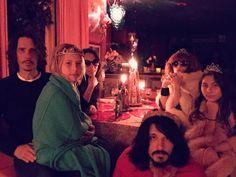Chris Cornell (@chriscornell) | Twitter Chris Cornell familiy, @lindaramone & @JDKingMusic fun filled Saturday night @RamonesOfficial @soundgarden