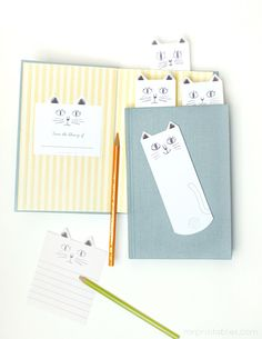 Cat lovers will enjoy these free printable bookmarks with sweet hand-drawn illustrations of cats. We love the way the cats peek out of the books. You can mark several pages with different cat faces.