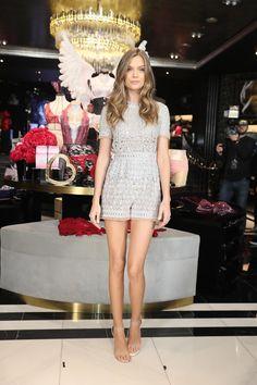 Josephine Skriver na inauguração da Victoria& Secret Shanghai flagshi . Josephine Skriver, Fashion Models, Girl Fashion, Fashion Show, Fashion Outfits, Womens Fashion, Style Fashion, Female Fashion, Fashion Styles