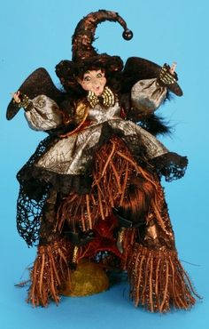 Mark Roberts 13 inch Wild Witch Holidays Halloween, Happy Halloween, Halloween Decorations, Fall Decorations, Halloween Witches, Halloween Ideas, Old World Christmas Ornaments, Christmas Store, Canterbury Gardens