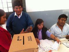 Elecciones Presidenciales de Bolivia en Argentina. Nueve mesas funcionaron en Salta durante la jornada del 12 de octubre de 2014 para recibir el voto de ciudadanos bolivianos.