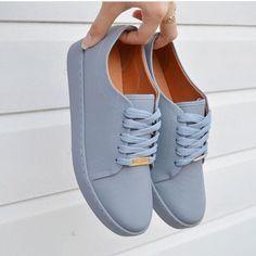 Vizzano Tênis Feminino Casual Vizzano Ref. 1214205 Preto ou JeansTênis Feminino Casual Vizzano Ref. Sneakers Fashion, Fashion Shoes, Shoes Sneakers, Shoes Heels, Shoes Men, Trendy Shoes, Casual Shoes, Shoes Style, Sock Shoes