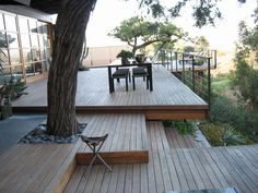 41 Amazing Modern Deck Designs For Your Backyard Space Deck Around Trees, Tree Deck, Patio Deck Designs, Yard Design, Design Hotel, Backyard Patio, Backyard Landscaping, Whirlpool Pergola, Tenda Camping