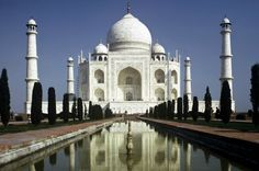 5 Unmissable places in North India Taj Mahal at Agra India