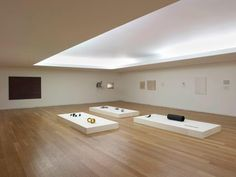 ESPECIAL | FIM-DE-SEMANA INVICTO - DIA 3 ~ ... And This is Reality Arch House, Museum Plan, Light Building, Color Combinations, Minimalism, Bathtub, How To Plan, Exhibit, Houses