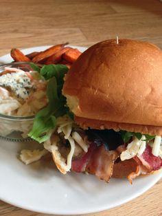 Bacon, Mushroom and Blue Cheese Burger www.theglasgowscullery.com